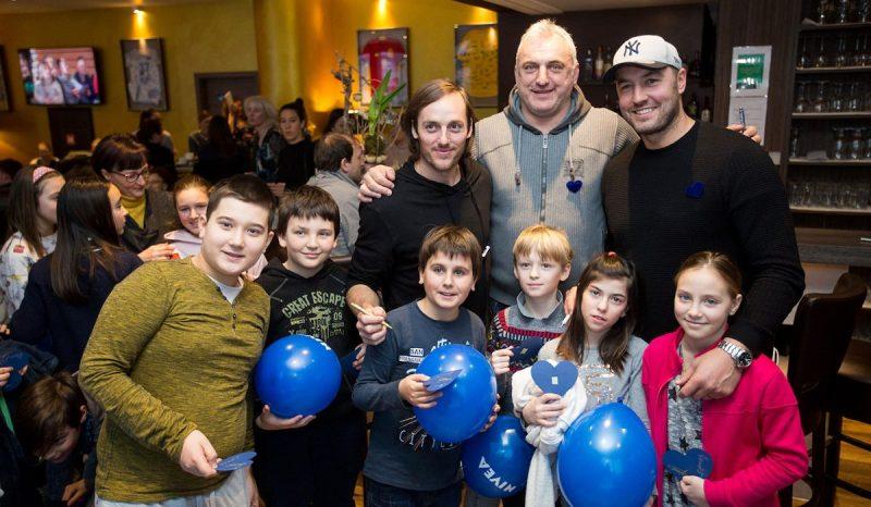 Dobrodelna akcija Podarite nam modro srce s slavnimi slovenskimi športniki